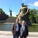 С главным хирургом РД, д.м.н. М.К.Абдулжалиловым (Волгоград, 2010)