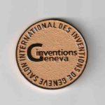 Золотая медаль с выставки в Женеве .