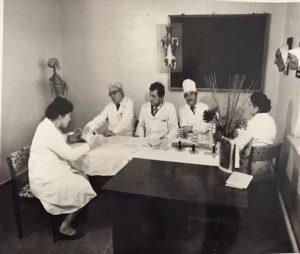 Сдача сертификационного экзамена первого выпуска, 1985г.