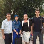 Выпускник  1996г. Хакка Абдуразак с сыном и дочерью встретился с  министром по национальной политике РД Т. Гамалей